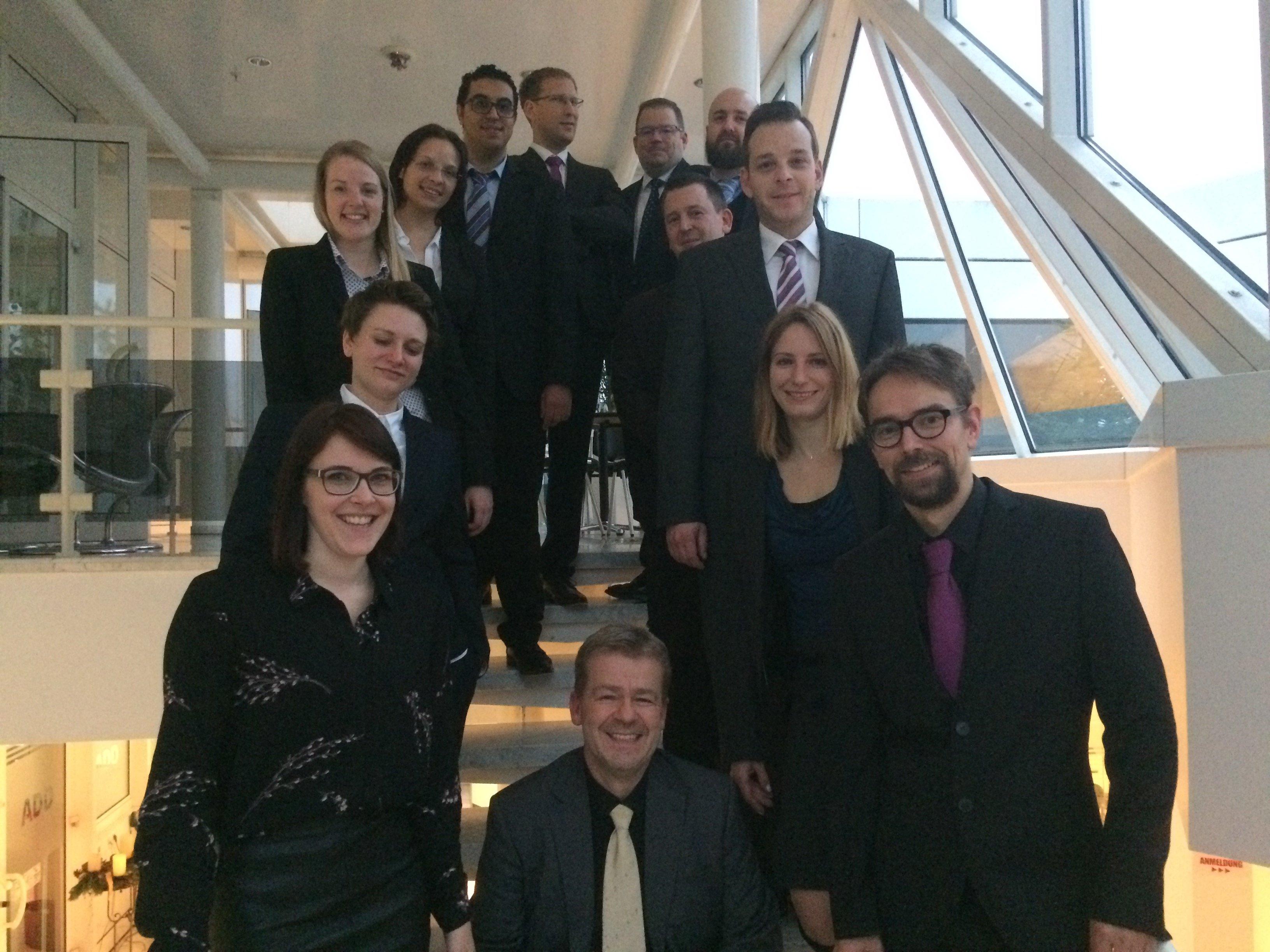 12 TeilnehmerInnen legten erfolgreich die Zertfizierungsprüfung im Dezember ab